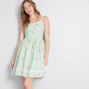 ☕️B2G1 Modcloth Sweetest Treat Fit and Flare Dress